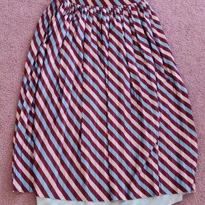 Twik Maxi Skirt